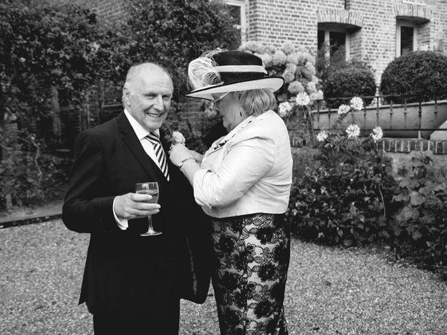 Le mariage de Simon et Karen à Neufchâtel-en-Bray, Seine-Maritime 54