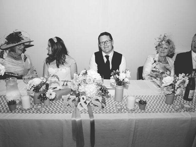 Le mariage de Simon et Karen à Neufchâtel-en-Bray, Seine-Maritime 68