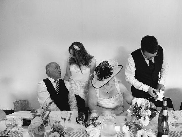 Le mariage de Simon et Karen à Neufchâtel-en-Bray, Seine-Maritime 75