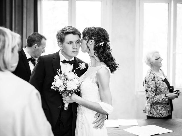 Le mariage de Jean-Charles et Elise à Gonneville-la-Mallet, Seine-Maritime 11