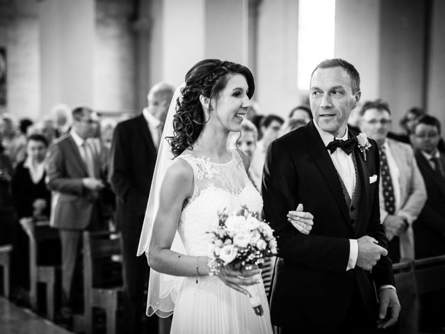 Le mariage de Jean-Charles et Elise à Gonneville-la-Mallet, Seine-Maritime 18