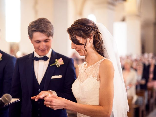 Le mariage de Jean-Charles et Elise à Gonneville-la-Mallet, Seine-Maritime 21