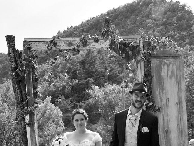 Le mariage de Philippe et Alizée  à Nyons, Drôme 32