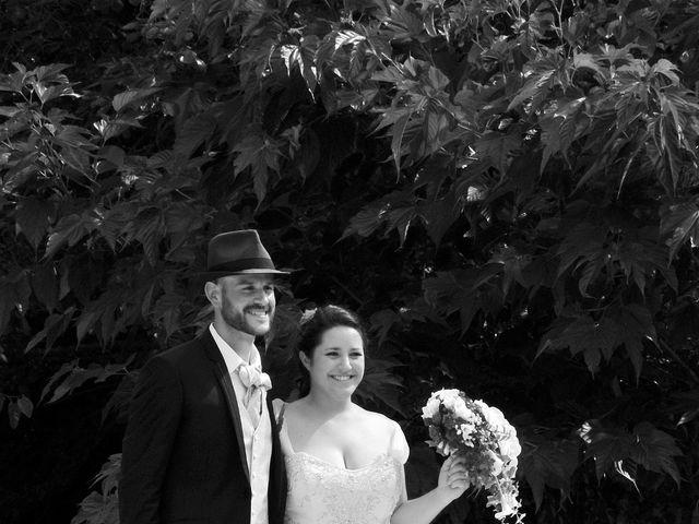 Le mariage de Philippe et Alizée  à Nyons, Drôme 33