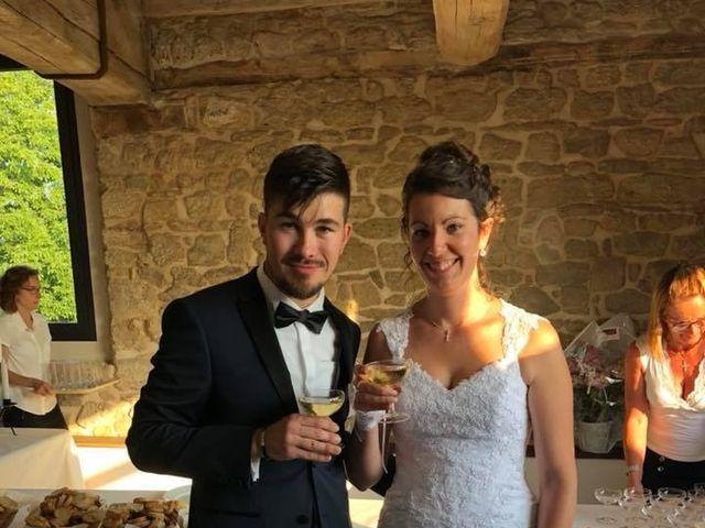 Le mariage de DOURLENS  et Elodie  à Ully-Saint-Georges, Oise 8
