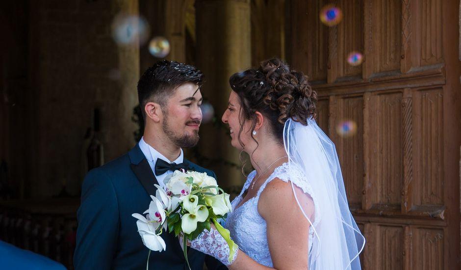 Le mariage de DOURLENS  et Elodie  à Ully-Saint-Georges, Oise