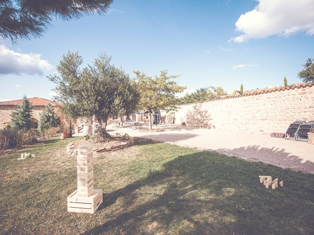 Le mariage de Romain et Claire à Le Bois-d'Oingt, Rhône 20