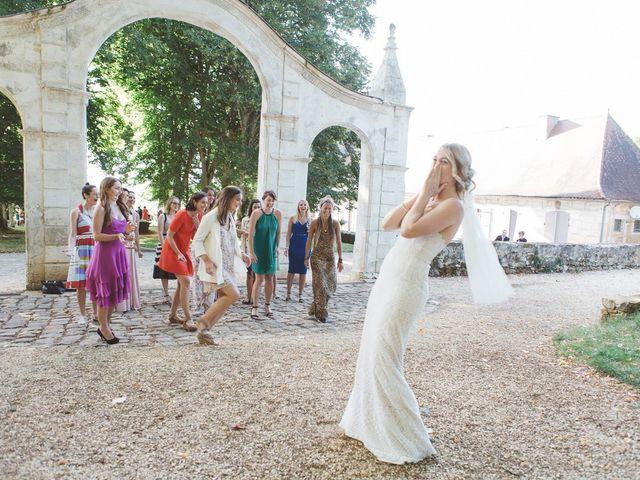 Le mariage de Vincent et Katrina à Lamonzie-Montastruc, Dordogne 59