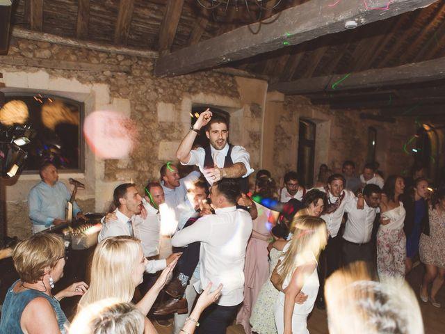 Le mariage de Vincent et Katrina à Lamonzie-Montastruc, Dordogne 86