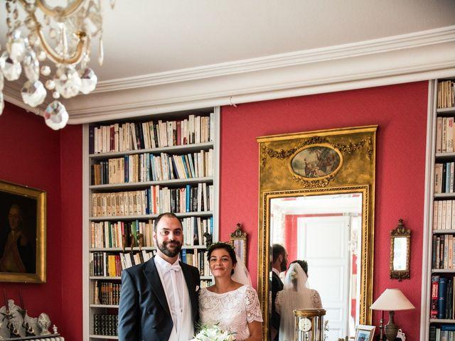 Le mariage de Férréol et Tiphaine à Luché-Pringé, Sarthe 5