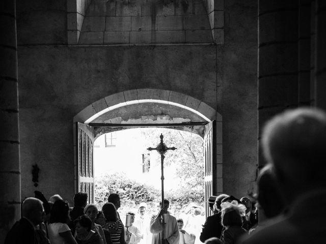 Le mariage de Férréol et Tiphaine à Luché-Pringé, Sarthe 12