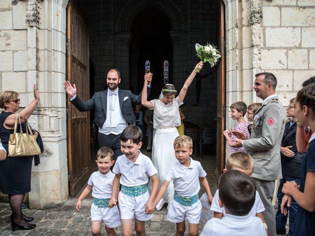 Le mariage de Férréol et Tiphaine à Luché-Pringé, Sarthe 26
