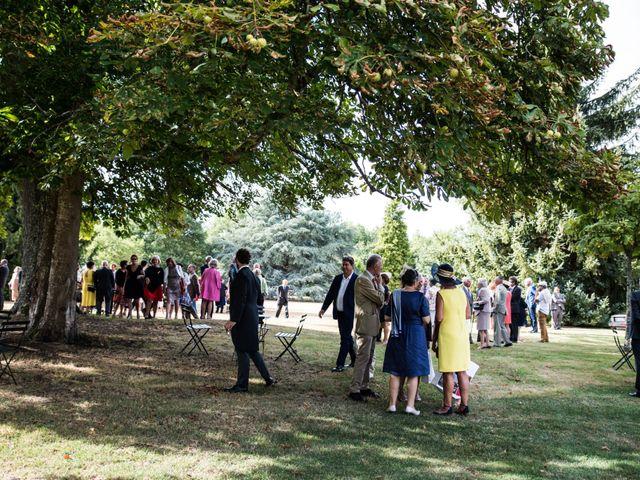 Le mariage de Férréol et Tiphaine à Luché-Pringé, Sarthe 34