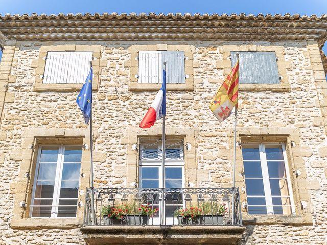 Le mariage de Fabien et Coralie à Châteauneuf-du-Pape, Vaucluse 4
