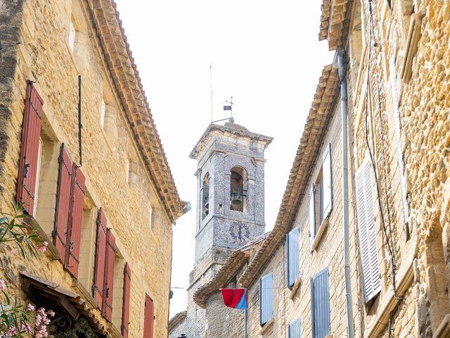 Le mariage de Fabien et Coralie à Châteauneuf-du-Pape, Vaucluse 3