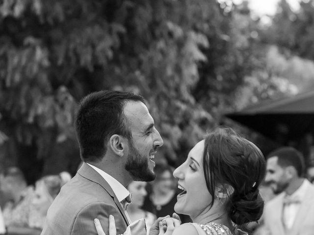 Le mariage de Fabien et Coralie à Châteauneuf-du-Pape, Vaucluse 77