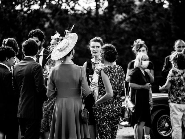Le mariage de Edouard et Laura à Bordeaux, Gironde 32