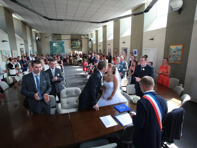Le mariage de Romain et Sandra à Bricquebec, Manche 13