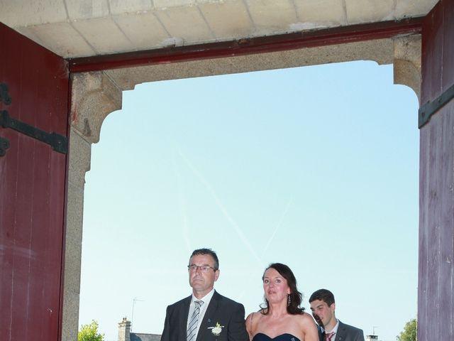 Le mariage de Romain et Sandra à Bricquebec, Manche 17