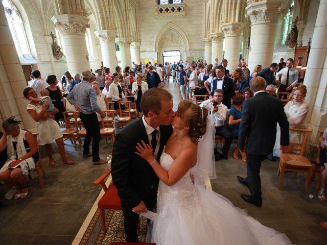 Le mariage de Romain et Sandra à Bricquebec, Manche 23