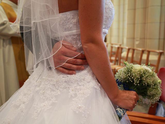 Le mariage de Romain et Sandra à Bricquebec, Manche 24