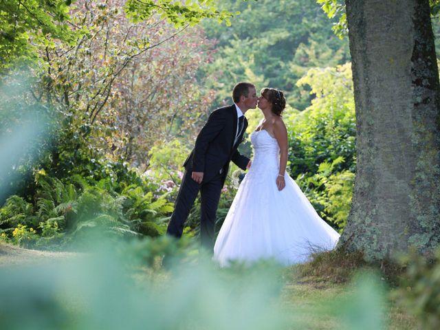 Le mariage de Romain et Sandra à Bricquebec, Manche 1