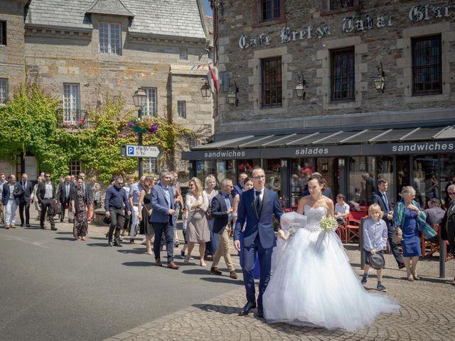 Le mariage de Mathieu et Caroline à Lesneven, Finistère 7