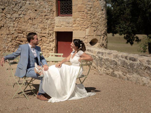 Le mariage de Thibaut et Mathilde à Salleboeuf, Gironde 23