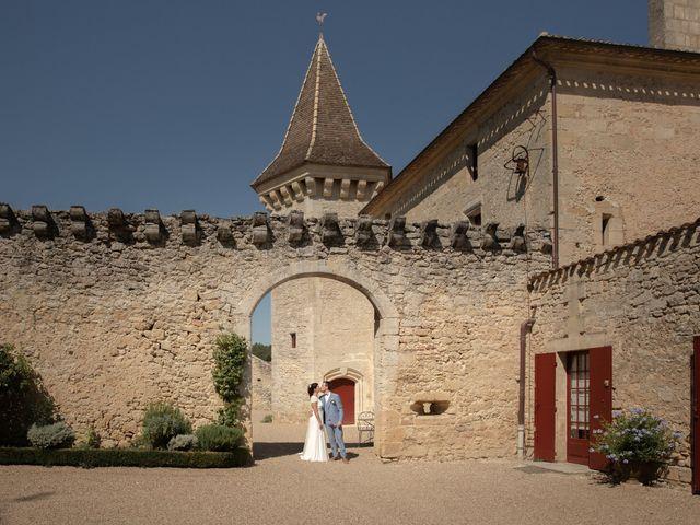 Le mariage de Thibaut et Mathilde à Salleboeuf, Gironde 24