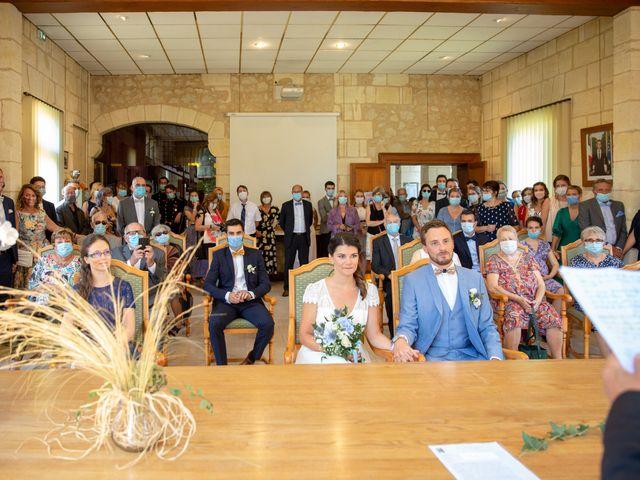 Le mariage de Thibaut et Mathilde à Salleboeuf, Gironde 29