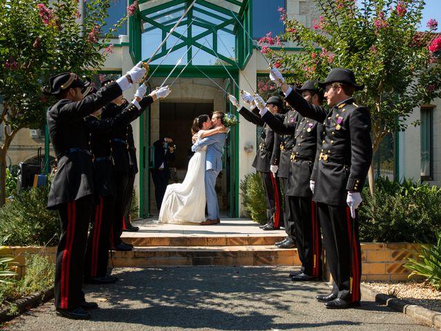 Le mariage de Thibaut et Mathilde à Salleboeuf, Gironde 36