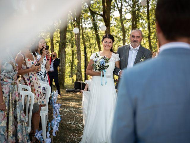 Le mariage de Thibaut et Mathilde à Salleboeuf, Gironde 42