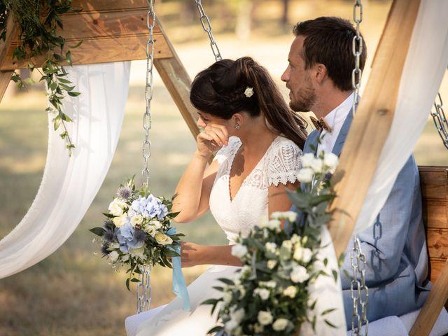 Le mariage de Thibaut et Mathilde à Salleboeuf, Gironde 44