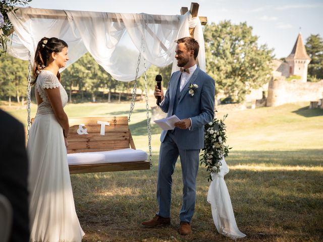 Le mariage de Thibaut et Mathilde à Salleboeuf, Gironde 45