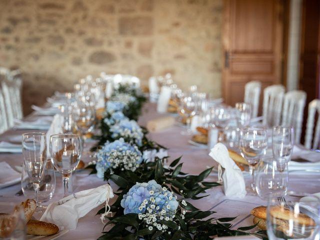 Le mariage de Thibaut et Mathilde à Salleboeuf, Gironde 54