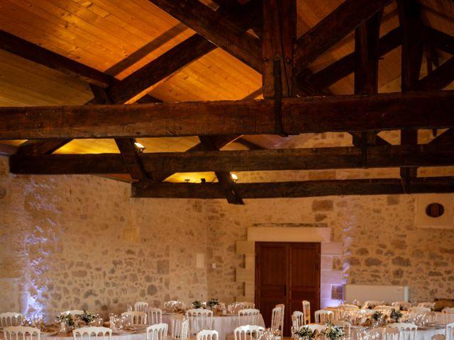 Le mariage de Thibaut et Mathilde à Salleboeuf, Gironde 57