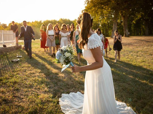 Le mariage de Thibaut et Mathilde à Salleboeuf, Gironde 64