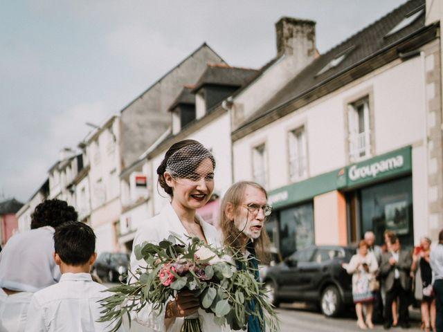 Le mariage de Jérome et Mathilde à Gourin, Morbihan 5