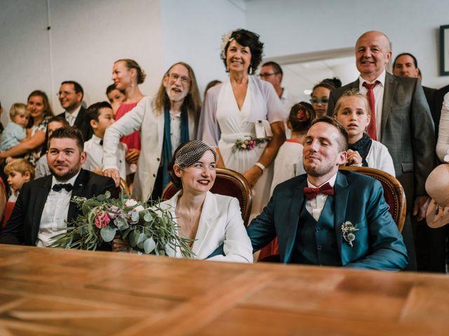 Le mariage de Jérome et Mathilde à Gourin, Morbihan 11