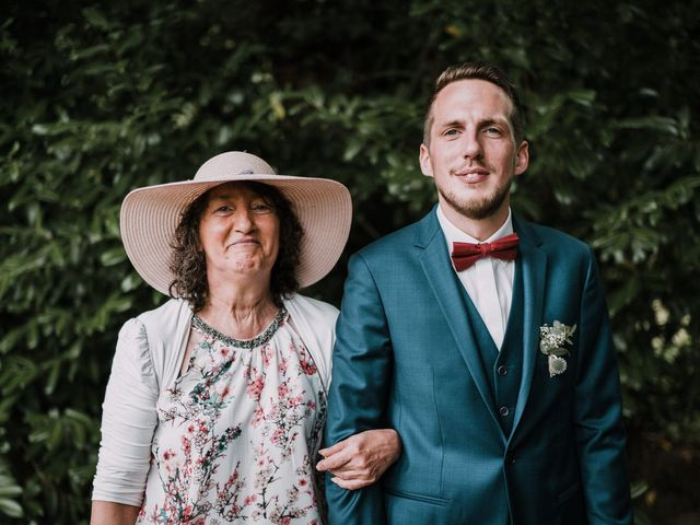 Le mariage de Jérome et Mathilde à Gourin, Morbihan 40