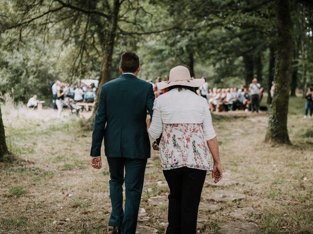 Le mariage de Jérome et Mathilde à Gourin, Morbihan 45
