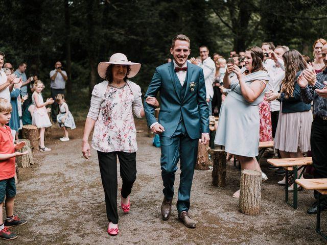 Le mariage de Jérome et Mathilde à Gourin, Morbihan 47