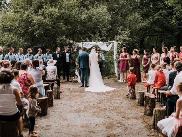 Le mariage de Jérome et Mathilde à Gourin, Morbihan 62
