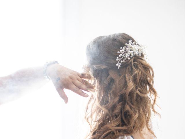 Le mariage de Hoa et Elodie à Mirabeau, Vaucluse 5