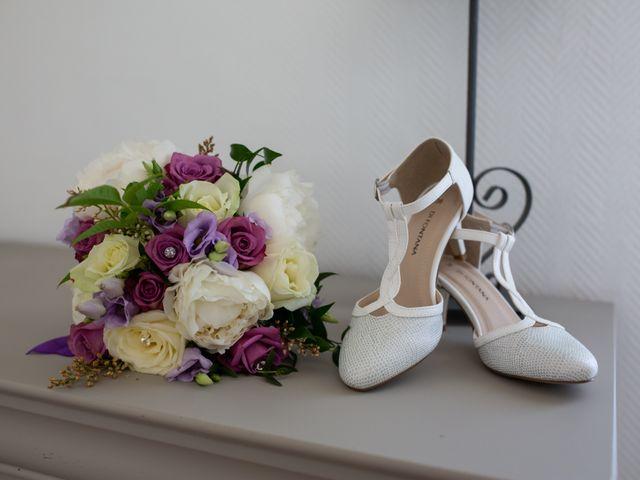 Le mariage de Hoa et Elodie à Mirabeau, Vaucluse 11