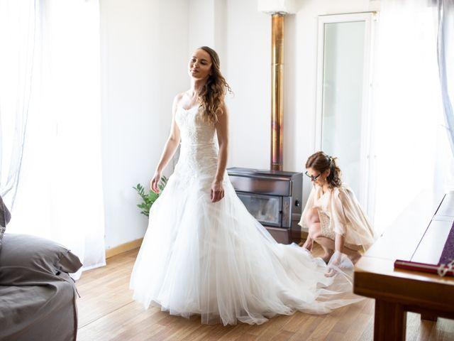 Le mariage de Hoa et Elodie à Mirabeau, Vaucluse 12