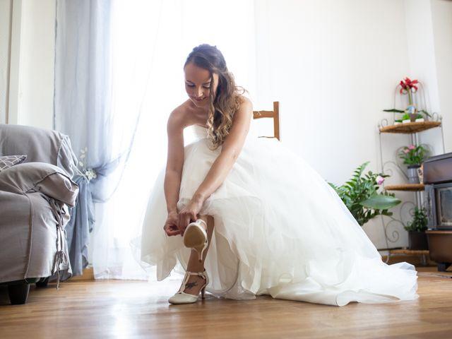 Le mariage de Hoa et Elodie à Mirabeau, Vaucluse 13