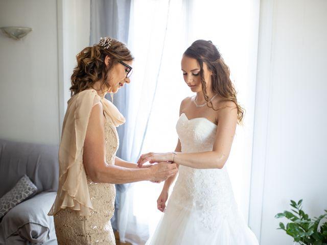 Le mariage de Hoa et Elodie à Mirabeau, Vaucluse 14