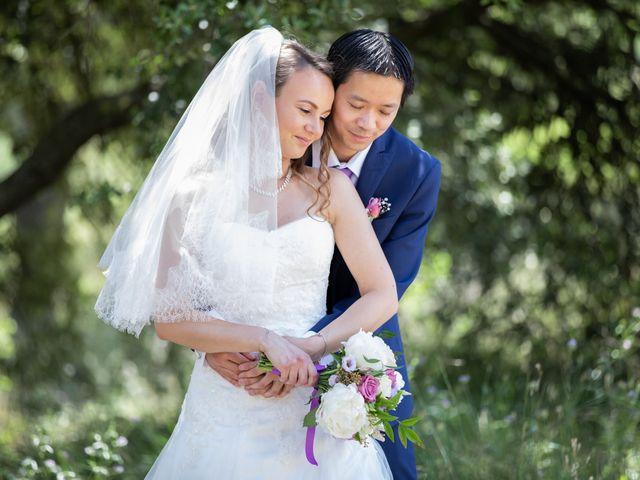 Le mariage de Hoa et Elodie à Mirabeau, Vaucluse 27