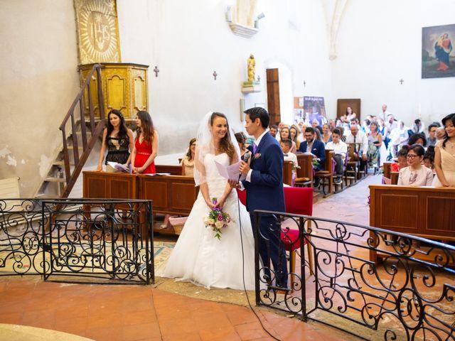 Le mariage de Hoa et Elodie à Mirabeau, Vaucluse 33